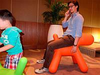 Детский стул-игрушка The Puppyкрасный полипропилен, большой размер, дизайнEero Aarnio