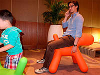 Детский стул-игрушка The Puppy красный полипропилен, большой размер, дизайн Eero Aarnio