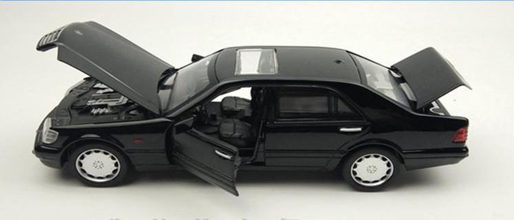 Машинка коллекционная Mercedes-benz S-class W140 Кабан металлическая модель в масштабе 1:32