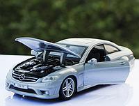 Машинка коллекционная Mercedes-benz  63 AMG металлическая модель в масштабе 1:24