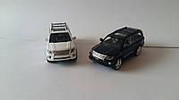 Машинка металлическая коллекционная Lexus LX570 коллекционная черная и белая