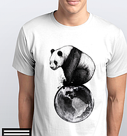 Футболки мужские, панда на шаре
