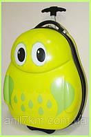 Детский пластиковый чемодан Cuties and Pals
