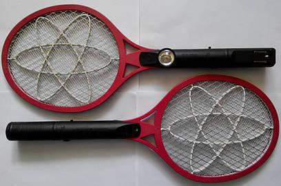 Электрическая мухобойка (электромухобойка аккумуляторная) - ракетка с фонариком
