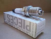 Свечи зажигания (однокотактные) Renault Kangoo I 1.4i (K7J). Оригинал Renault 7700500155
