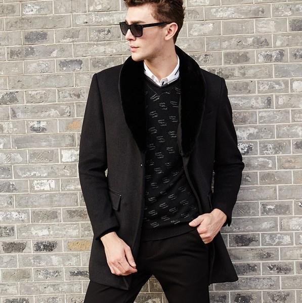 Мужское пальто со съемным меховым воротником. Модель 6350.