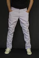 Мужские брюки  джинсы  на Лето 2017г (Сиреневый оттенок)