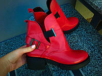 Женские осенние ботинки Diezzzl красные кожа