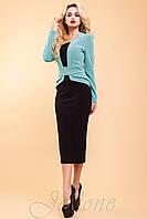 Шикарное платье, выполнено в классическом деловом стиле