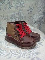 Новые демисезонные ботинки Carters, р. 27