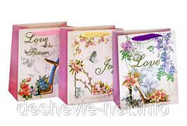 Пакет картонный LOVE 21х26х10см с глитером