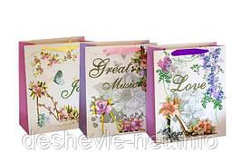 Пакет картонный LOVE 26х32х12см с глитером