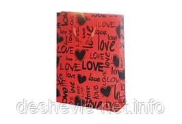Пакет картонный LOVE 42х31х11см с фольгой цвета: красный/черный