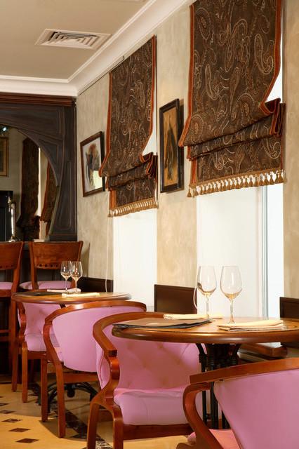 Римские шторы для ресторана Фото