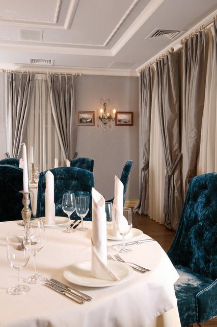 Шторы для ресторана в классическом стиле