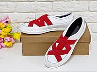 Мокасины белого цвета с красными резинками и черной подкладкой из натуральной кожи спортивные женские туфли
