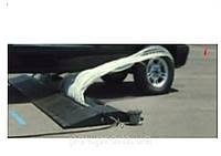 Лежачий полицейский  блокиратор движения автомобиля