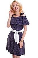Синее короткое платье в белый горошек