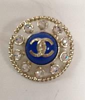 Брошь Chanel круглая с голубой эмалью и камнями Swarovski