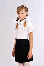 Изящная детская школьная блузка с кружевом