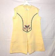 Льняное платье с вышивкой на 4-5 лет