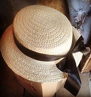 Женская соломенная шляпа Канотье с черной ленточкой