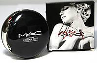 Компактная двойная пудра для лица Lady Gaga MAC