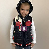 Модный жилет для мальчика со съемным капюшоном