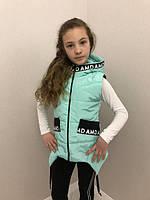 Модные жилетки для девочек, с надписями,122-152