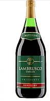 Вино игристое красное Ламбруско Novellina Lambrusco Emilia Amabile Rosso 1.5 л