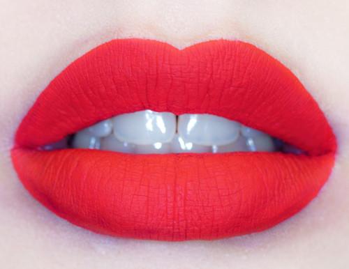 Матовые помады для губ