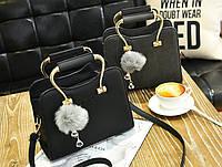 Шикарная каркасная сумка с фигурными ручками и помпоном. Стильная и винтажная. Хорошее качество. Код: КГ1818
