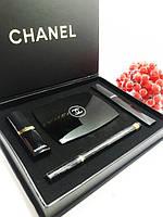 Подарочный набор от CHANEL (тушь+подводка+помада+пудра) черная коробка