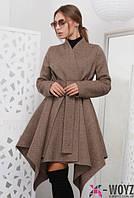 Демисезонное  пальто с расклешенным ассиметричным низом