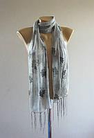 Весенний шарф женский с кистями. Светло-серый
