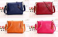 Удобная сумка с кисточкой и длинным поясом. Женская сумка. Хорошее качество. Удобная сумочка. Код: КДН2105