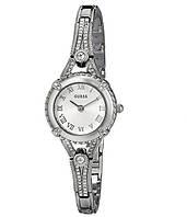 Женские часы Guess Гуесс Petite Crystal-Accented Bezel