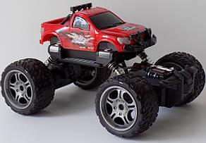 Машинка на радіоуправлінні з акумулятором Rock crawler