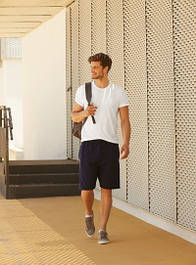 Чоловічі спортивні шорти, шкарпетки, спідня білизна