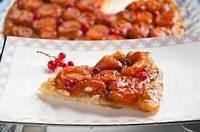 Пирог с смородиной, имбирем и абрикосом