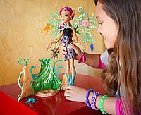 Монстер хай в саду Monster High Garden Ghouls Wings doll