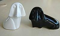 Статуэтка глянцевая керамическая Пара таксы черно-белая.