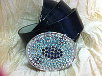 Ремень с овальной пряжкой в голубых камнях
