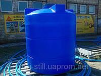 Емкости для хранения воды пластиковые вертикальные  от 100 литров