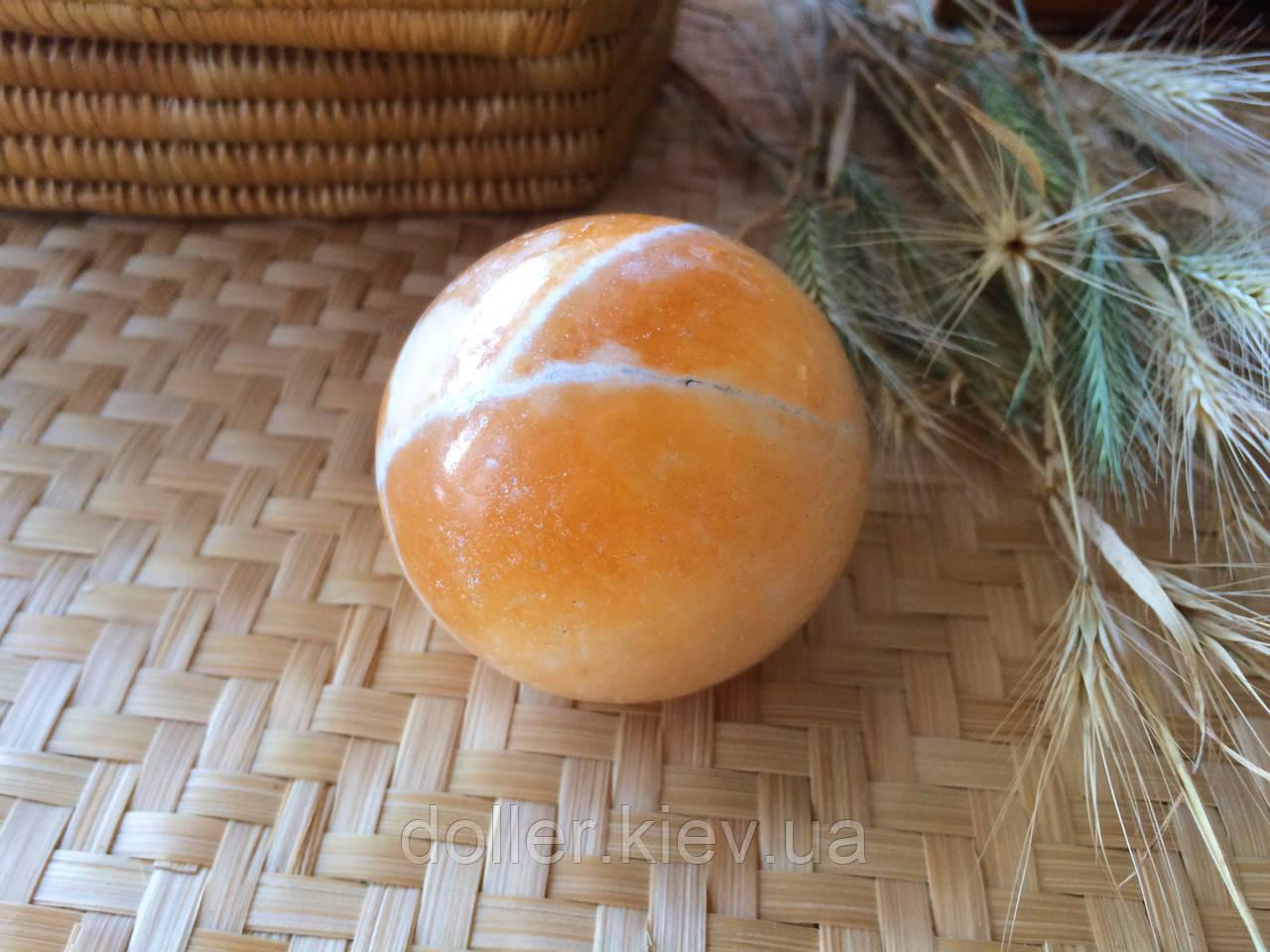 Куля з каменю, кальцит, діаметр від 4 див.