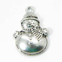 Кулон Снеговик, Металл, Цвет: Античное Серебро, Размер: 25х17х4,5мм, Отверстие 2мм, (БА000001460)