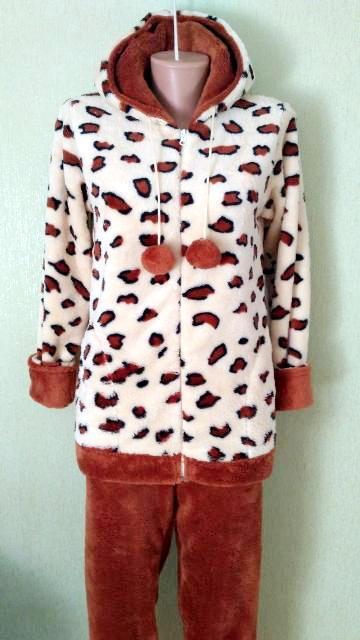 Женская теплая пижама в бежевом цвете