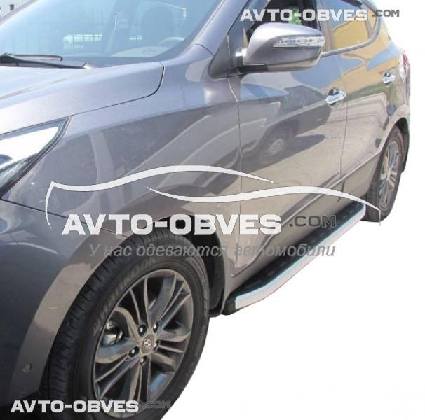 Штатные боковые подножки для Hyundai ix35 (стиль Porsche Cayenne)