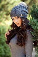Женская вязаная шапка с натуральным бубоном Афродита в разных цветах