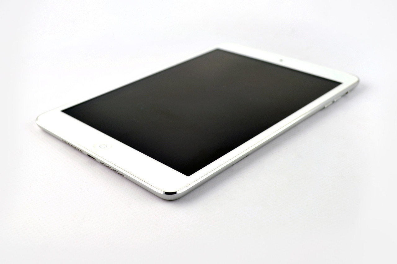 Планшет Apple iPad Mini 16gb Wi-Fi+3G Silver СТОК